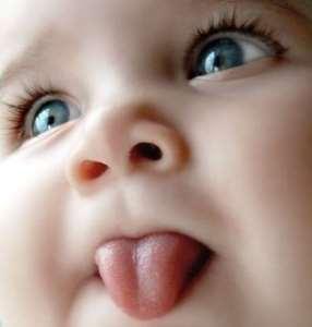 запах изо рта у младенца